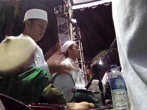 AnNajaah Blitar - Baina katifaihi (pra al mughist)