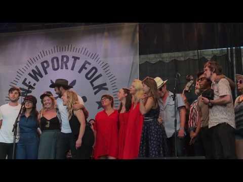 Newport Folk Fest 2017 Finale - John Prine - Paradise