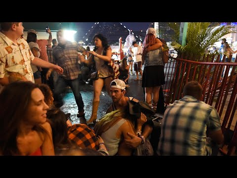 Witness footage of Las Vegas music festival shooting - video report Mp3