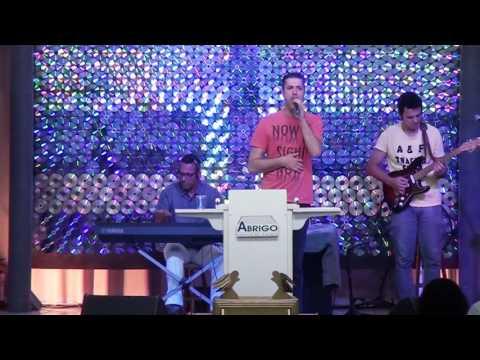 Igreja Cristã Abrigo-Culto da família-Abrigo Choir-Não te desanimes