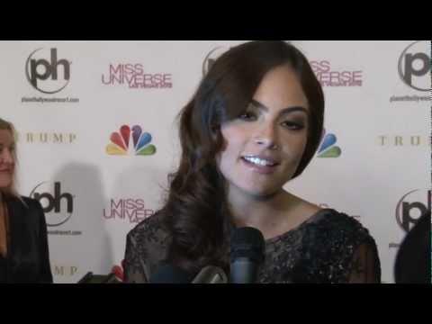 Entrevista a Ximena Navarrete y Donald Trump en la Alfombra Roja del Miss Universe 2012