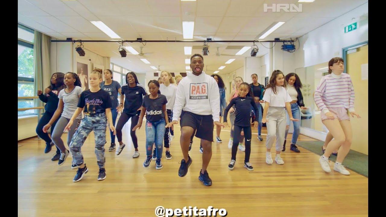 Petit Afro Presents - Mizuka - Afro Dance || 1 Million Unboxing || HRN Video