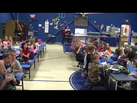 Rachel Lutzker - Entire School Learns Sign Language to Welcome New Student