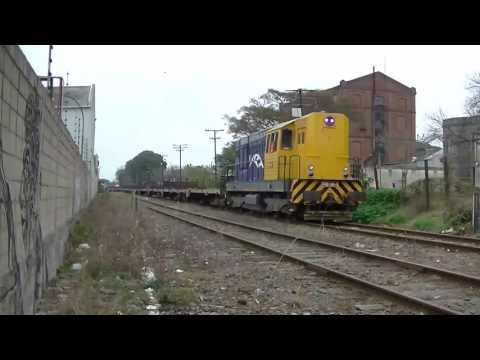 """Trenes de Uruguay-""""CFU en el cruce de San Fructuoso"""""""