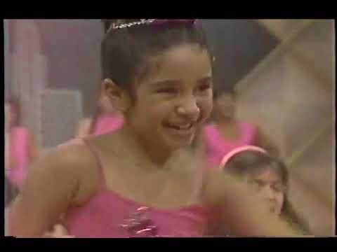 Mini Pops bailando Lambada - YouTube