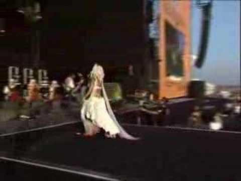 Özlem Tekin Rock'n Coke 2007 Konseri-Herkes Şanslı Doğmuyor mp3