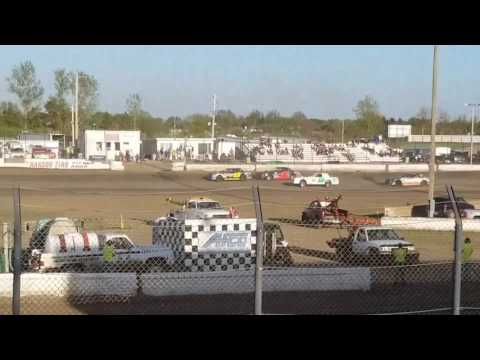 Jamestown Speedway - Wissota Street Heat# 1, 5/13/17