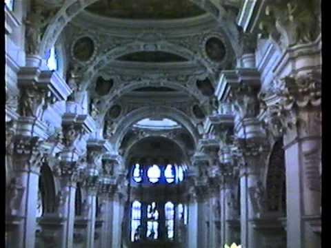 From Heaven Above  by  Walter Pelz   Passau Dom Organ   Passau, Germany