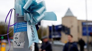 Life support 'withdrawn' from toddler Alfie Evans as parents lose appeal