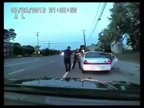 Officer Yanez Police dashcam video from shooting of Philando Castile  (WARNING: Graphic content)