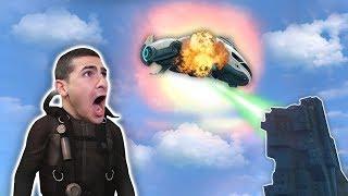 חייזרים פוצצו את החללית שבאה להציל אותי ?!