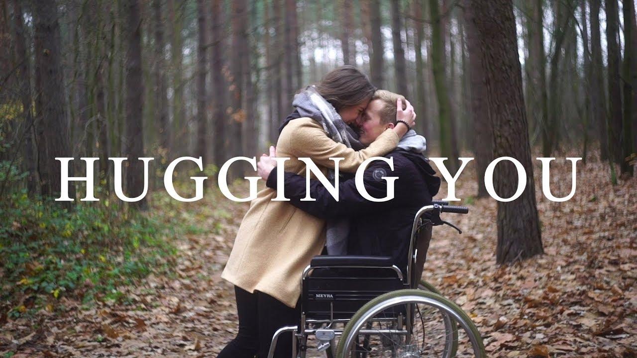 Download Tom Rosenthal feat. Billie Marten - Hugging You [Official Video]