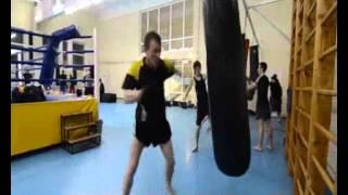 Наша тренировка по кикбоксингу(, 2012-10-27T12:35:47.000Z)