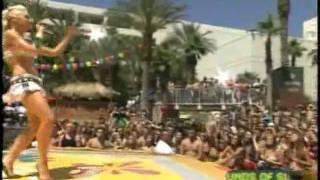 MTV Sound of Summer: Gwen Stefani - Hollaback Girl (Live)