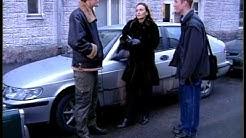 Salatut elämät - Markus törmää Lauran autoon