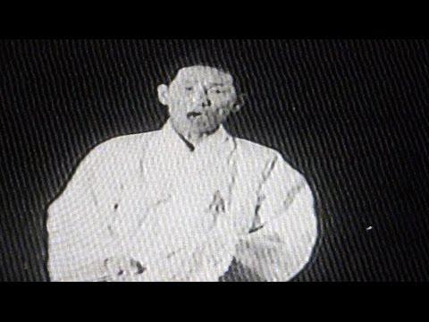 임방울 명창 판소리 춘향가 중 '쑥대머리' Bangul Lim: Korean pansori 'Chunhyang-ga'(Love song) 1929년 녹음, 1950년대 후반 영상