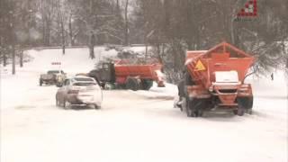 Чернігів опинився у сніговій пасці. Чому не чистять вулиці міста?(Сюжет телеканалу