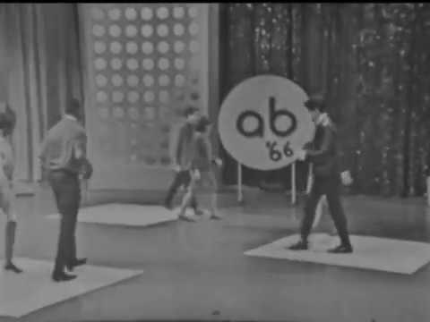 American Bandstand 1966 -Spotlight Dance- Don't Mess With Bill, The Marvelettes