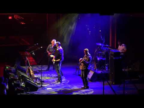 Lynyrd Skynyrd – Sweet Home Alabama