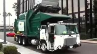 Как убирают мусор ТАМ и ТУТ
