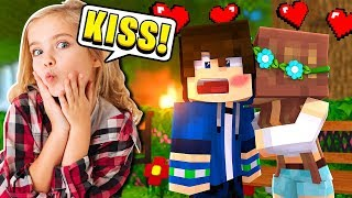 """""""KISS YOUR CRUSH!"""" My LITTLE SISTER Plays Simon Says! (Minecraft)"""