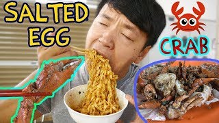SALTED EGG CRAB! Street Food Tour of Old Airport Road Hawker Center
