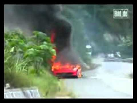 BILD video clip auto 2010 08 25 brennender ferrari in china