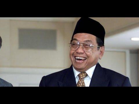 Alasan GUS DUR Melegalkan Agama Konghucu dI Indonesia