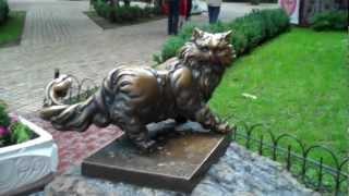 Зачем в Киеве памятник коту?