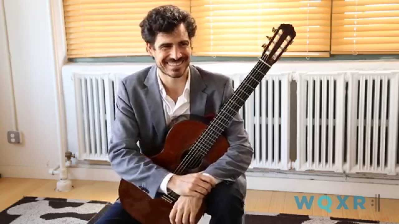Pablo Villegas plays the Prelude No. 1 by Villa-Lobos
