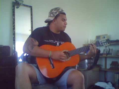 Phoenix fiu poufa dedicates a song to his wannabe girlfriend.haha...peace kuz.
