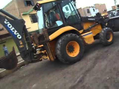 Intento de demolicion ilegal por Municipalidad Distrital de Pomalca. (2)