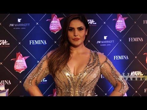 जब ज़रीन खान आई एकदम टाइट कपड़े पहनकर | Zareen Khan At Femina Beauty Awards 2018 Mp3