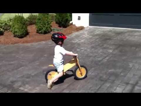 William learns to ride a bicycle without training wheels