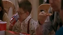Kevin - Allein zu Haus : Fuller trinkt Cola