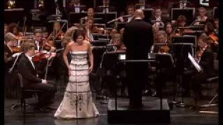Anna Netrebko  - E Strano from La Traviata(Extract from the Anna Netrebko and Rolando Villazon recital in Paris, March 2007., 2007-07-08T13:01:44.000Z)