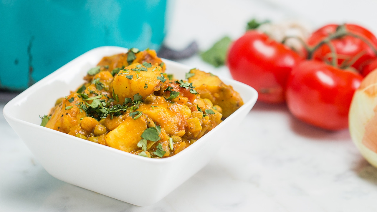 Simple veggie curry youtube simple veggie curry tasty forumfinder Image collections
