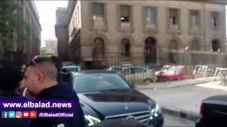 منع عمرو الليثي من السفر إلى دبي.. والإعلامي يتوجه إلى مكتب النائب العام للاستفسار.. ويعلق: النيابة لا تعلم السبب