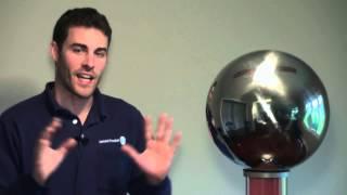 Demonstration of How Lightning Rods Work (Van De Graaff)