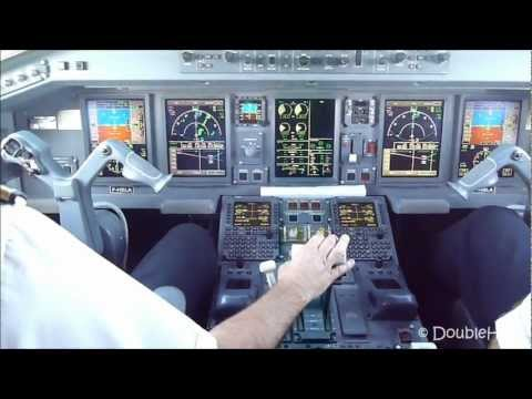 Cockpit view Approach & Landing Paris CDG airport Embraer 190 AirFrance Regional