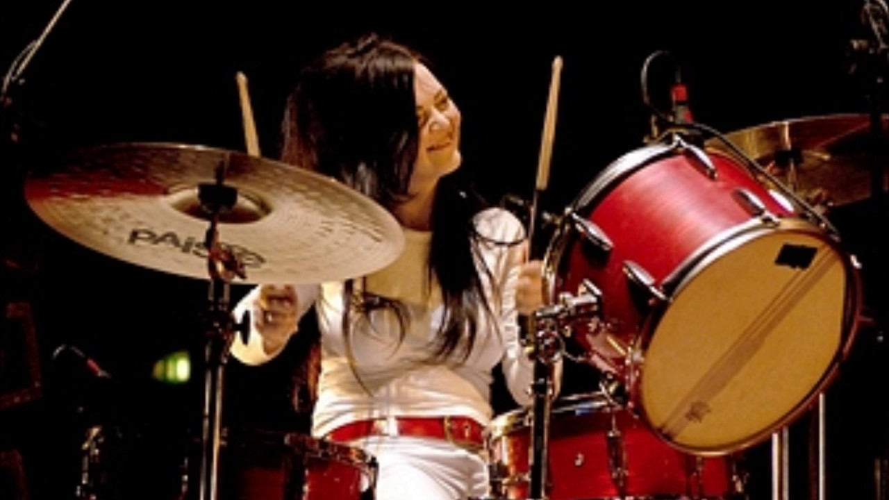 The White Stripes Live at Tweeter Center 2003