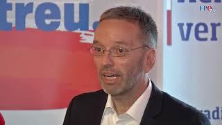 Komplettaufzeichnung: Pressekonferenz mit Herbert Kickl in Wels