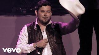 Roberto Tapia - El Mazerati (En Vivo Nokia Theater Los Angeles 2010)