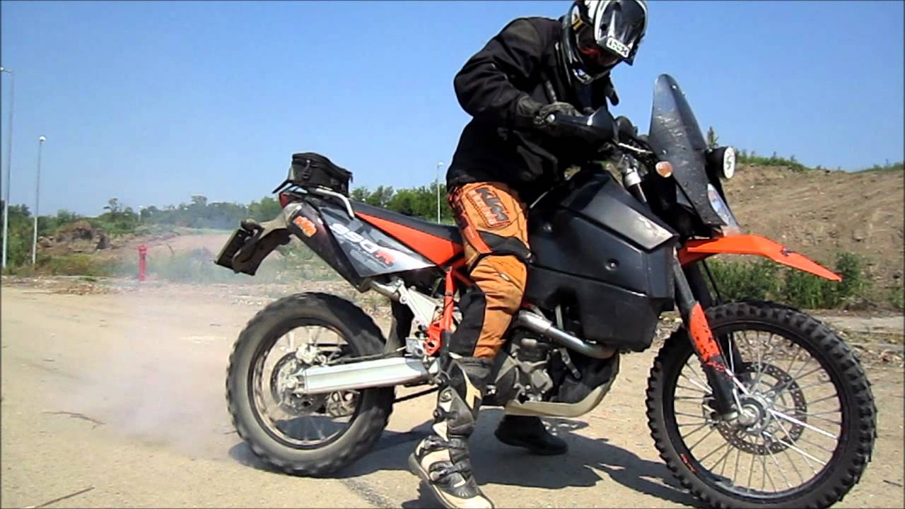 KTM 950 Super Enduro R - Beauty and the Beast - YouTube