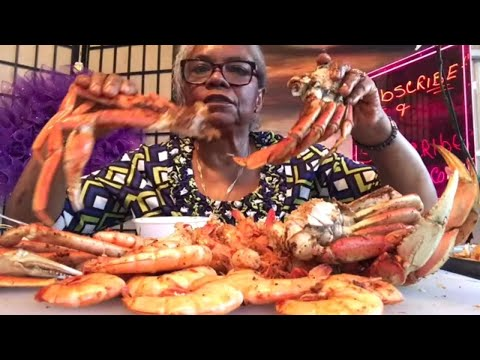 DUNGENESS CRAB vs. SNOW CRAB + JUMBO Shrimp • Who Is the WINNER • SEA FOOD BOIL MUKBANG