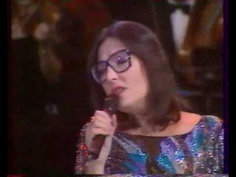 Nana Mouskouri    -   Alleluia   -Live