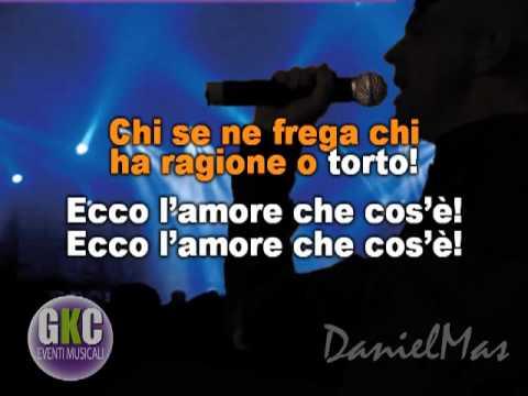 Cesare Cremonini - Ecco l'amore che cos'e' (karaoke con cori).mp4