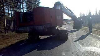 Repeat youtube video Landsverk KL-130, lossning från trailer.
