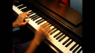 Download On the piano - Shyamantak playing a cover - Pani vizhum malar vanam MP3 song and Music Video