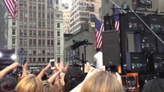 Maroon 5 on Today Show in 2012 singing Harder To Breathe